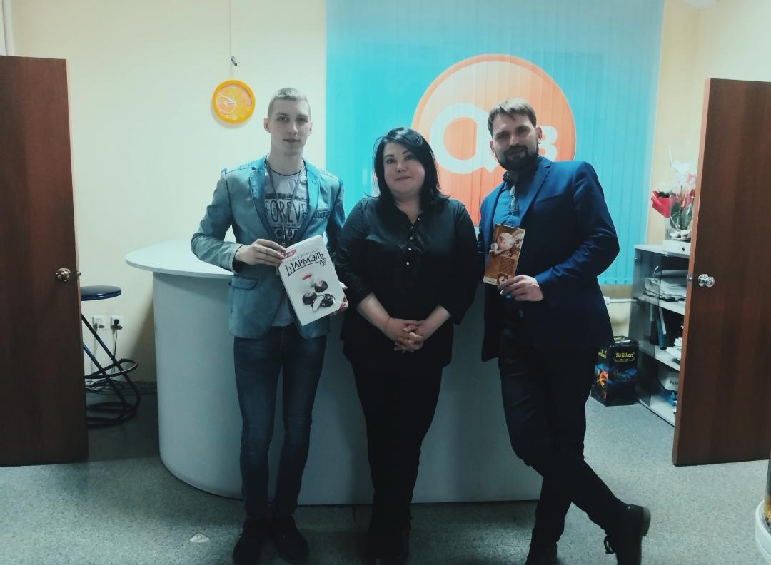 Ачинский драмтеатр поздравил информационных партнеров с днем телевидения