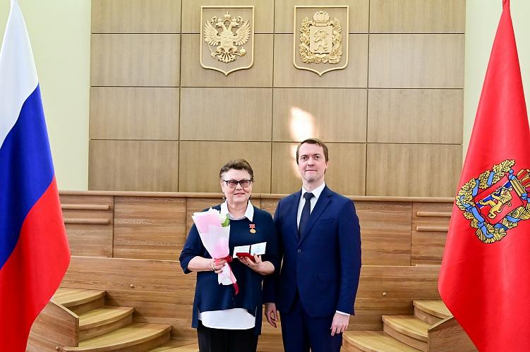 Надежда Суханова удостоена звания Заслуженный работник культуры Красноярского края