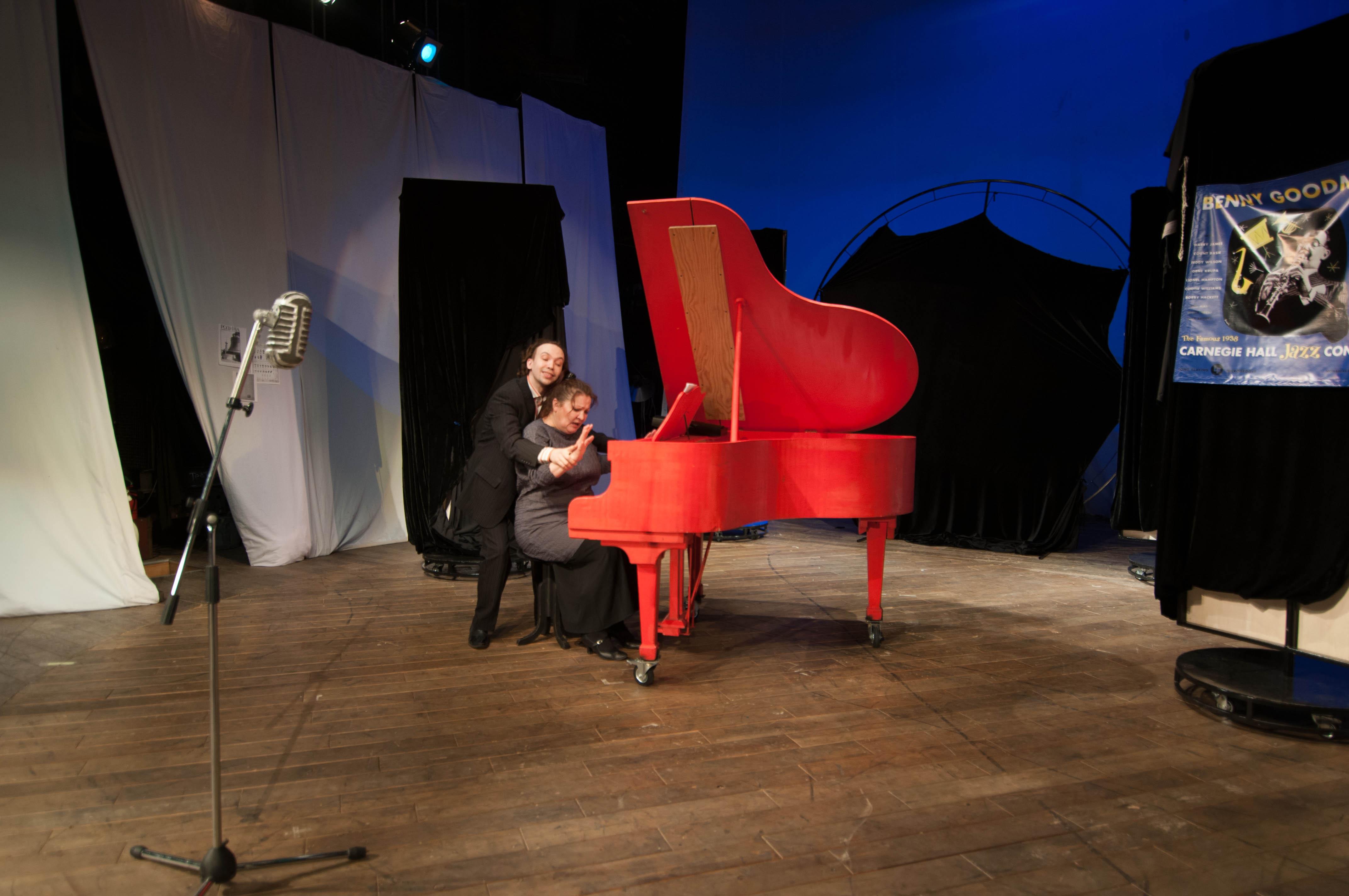 В АДТ на подходе премьера по легендарной пьесе о необычной певице (3)