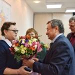 В администрации города поздравили Надежду Суханову и Марину Качан с Днём работника культуры России (2)