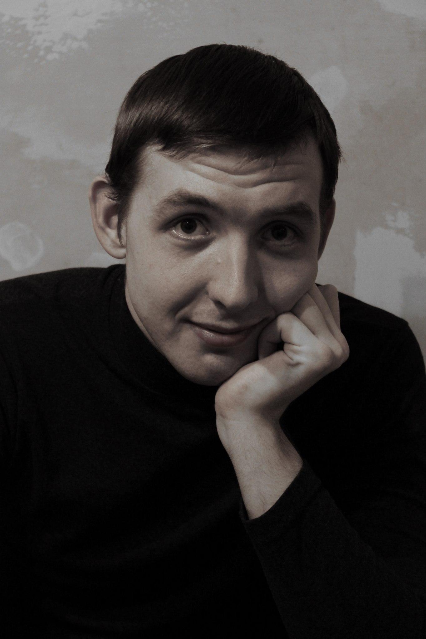 Ачинский драматический театр поздравляет с днём рождения своего артиста Владимира Иноземцева 4